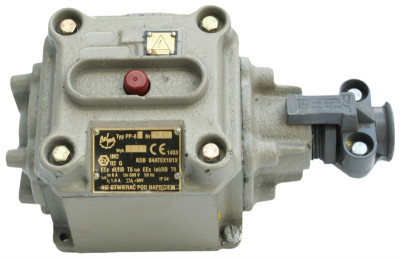 Ognioszcelny przycisk sterowniczy typu PP-62 odmiana 1 (500V, 6A)
