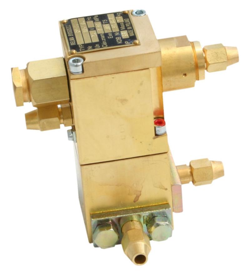 Rozdzielacz elektropneumatyczny przeciwwybuchowy z przekaźnikiem RP-24 i RP-220 (24V DC, 230V AC)